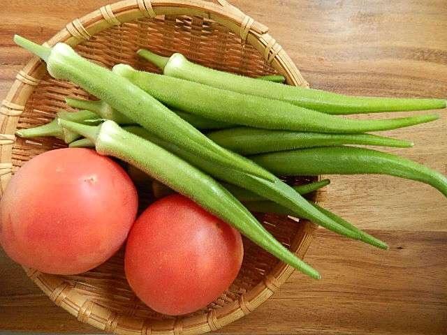 島オクラとトマト