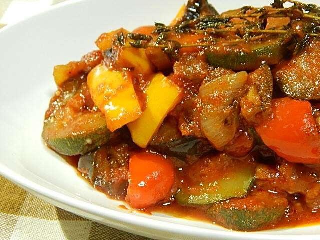 野菜タップリ、ラタトゥイユ