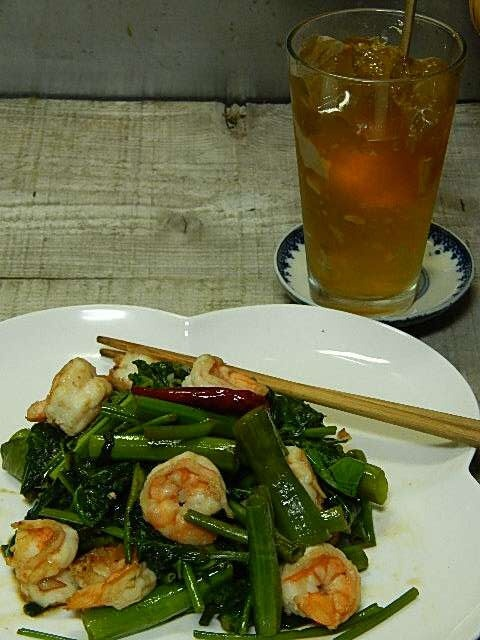 空芯菜とエビのエスニック炒めとジャスミンゼリー