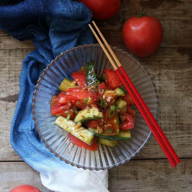 トマトとキュウリの簡単キムチ