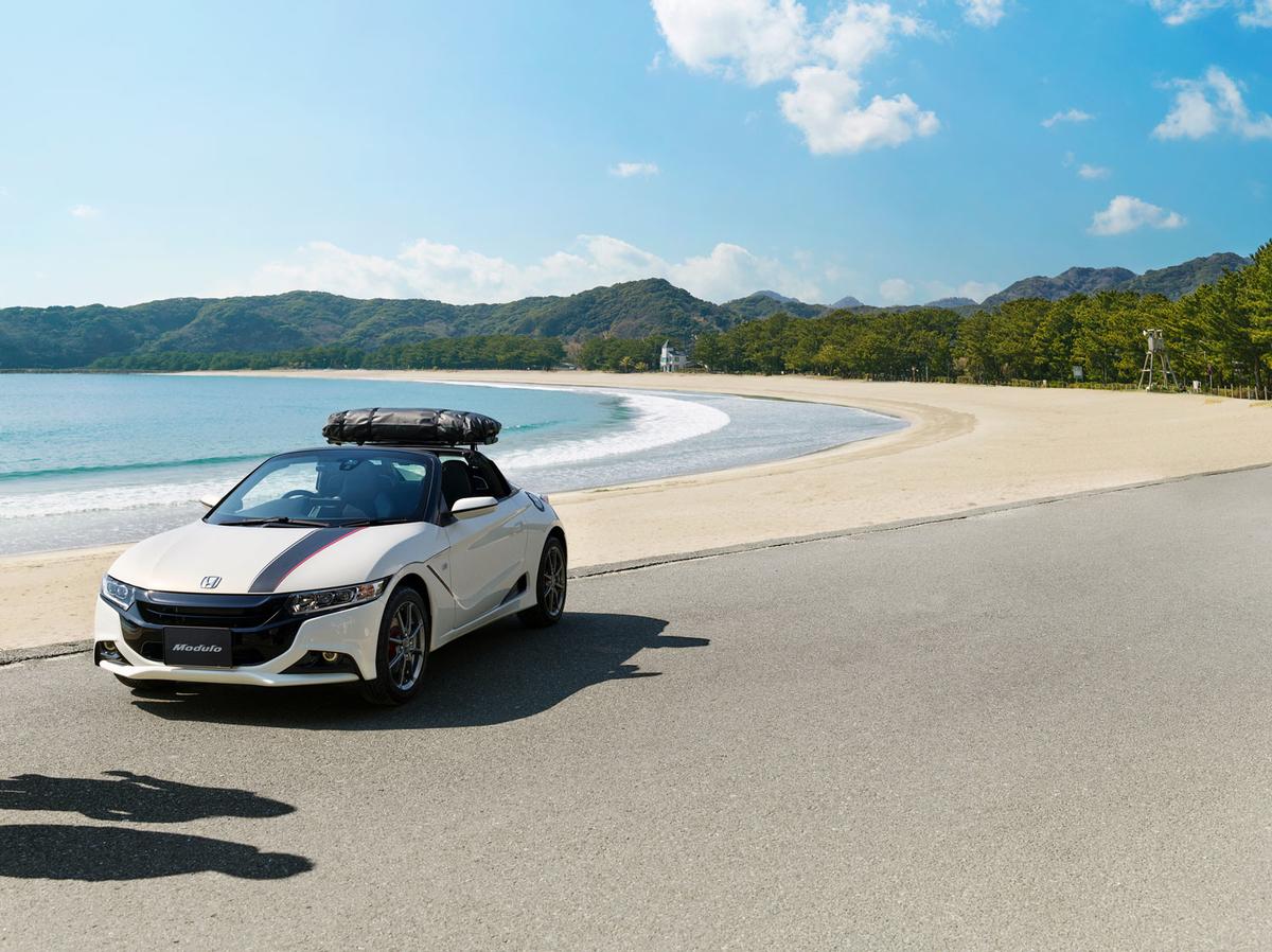Hondaの軽スポーツオープンカー「S660」純正アクセサリー装着車