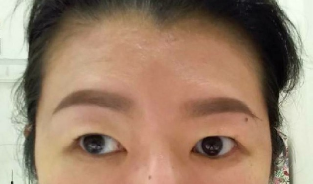 眉毛 サロン 岡山