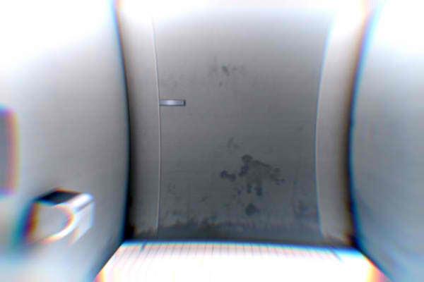 八幡市の怖い話にあるトイレの開かないドア