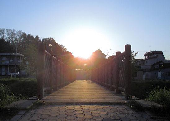0604_夕陽に続く橋.jpg
