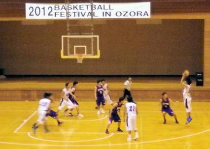 0817_東成大vs札幌大.jpg