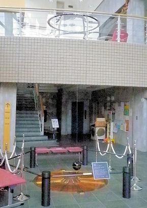 0823_うわさの振り子.jpg