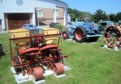 P12農機具.JPG