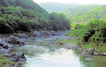 0801_神居コタン川の関所.jpg