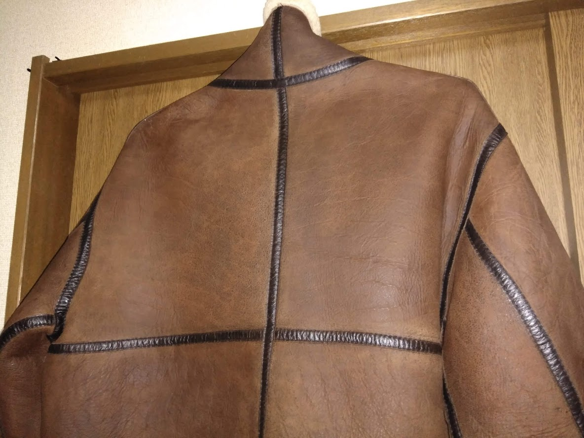 レザー、革、皮革の補色