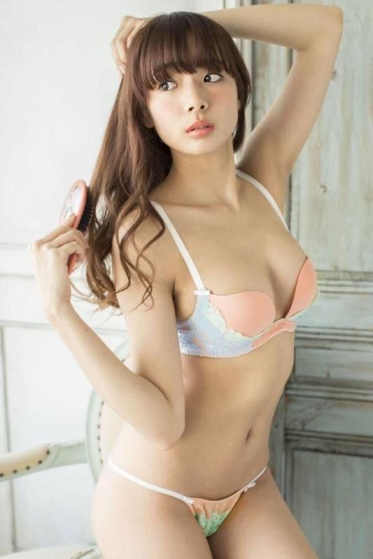 岡田紗佳 画像 水着 下着:20180106002945j:plain