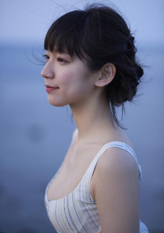 吉岡里帆 かわいい 画像:20180111183611j:plain