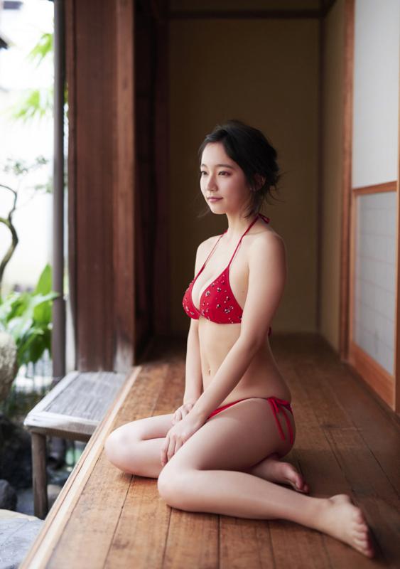 吉岡里帆 かわいい 画像:20180111184011j:plain