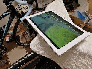 お風呂で使える低価格防水タブレットの新定番「Qua tab PZ」