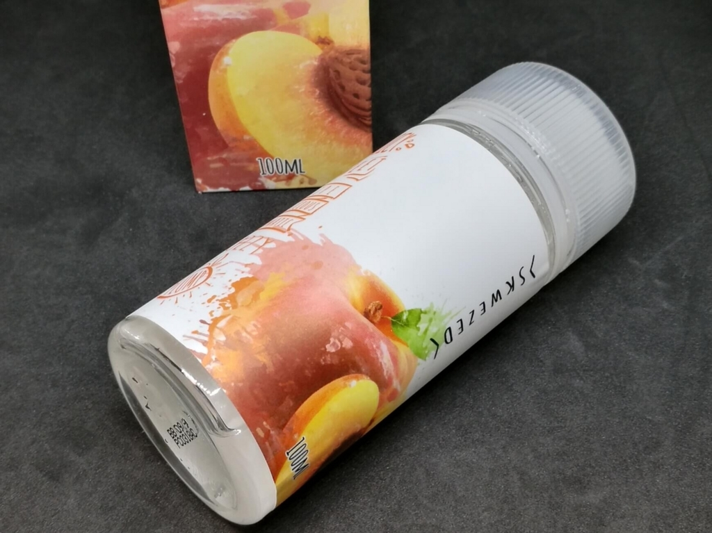 VOLCANO Skwezed E-liquid Peach ボトル・外箱