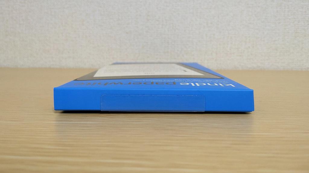 Kindle Paperwhite Newモデル外箱 下から