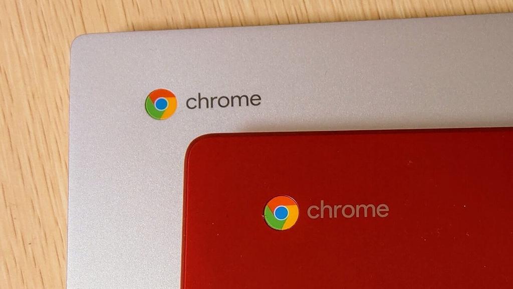 Acer Chromebook 514とASUS Chromebook C223NA