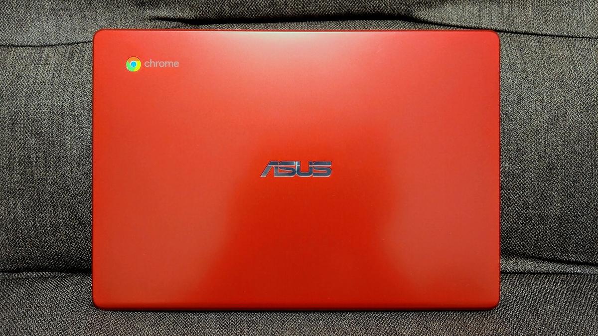 ASUS Chromebook C223NA レッド 天面
