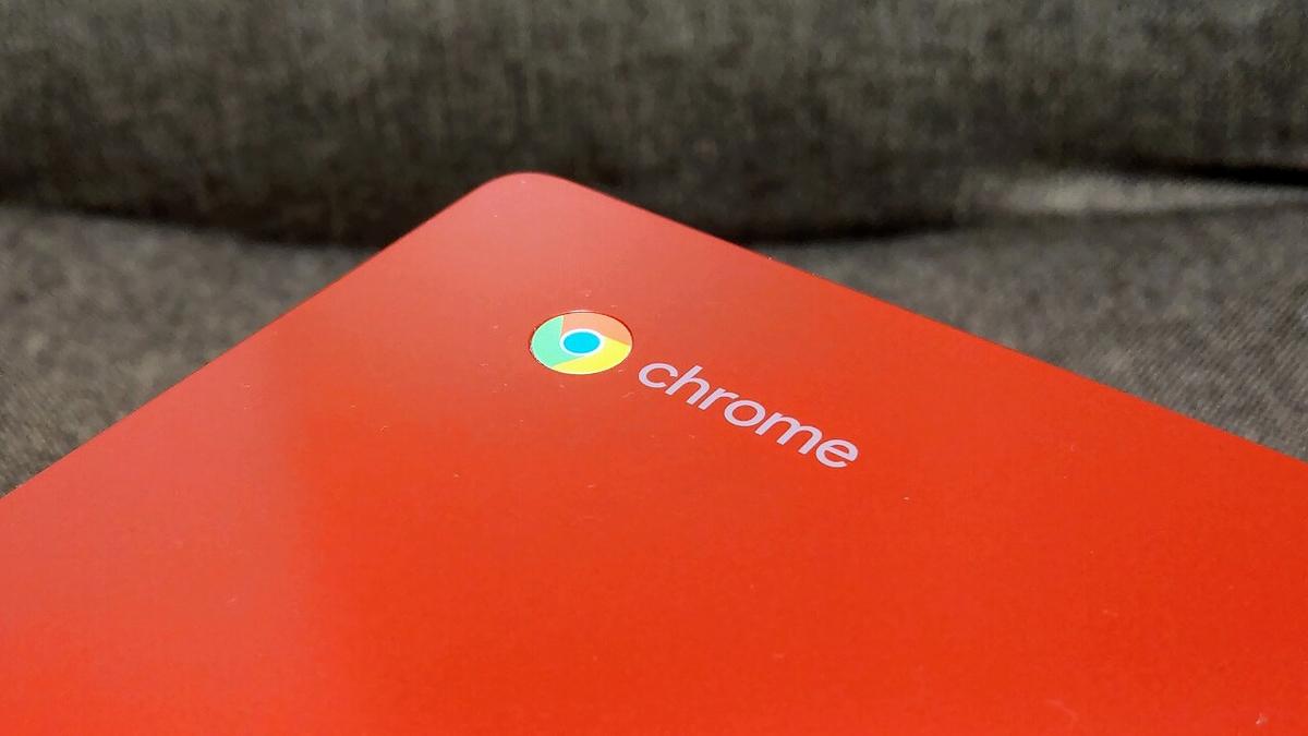 ASUS Chromebook C223NA レッド Chromeロゴ