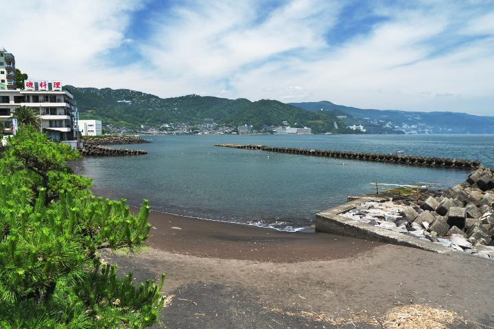 網代温泉海水浴場