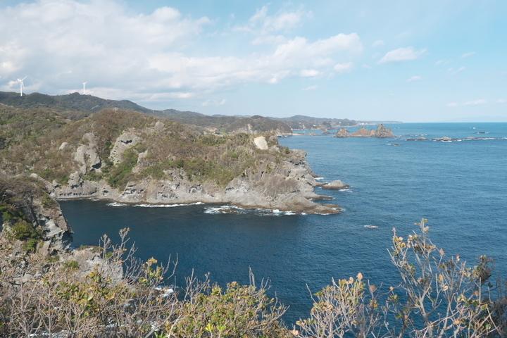 灯台敷地からの港側の景色