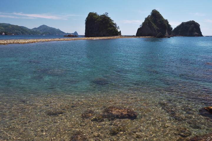 瀬浜海岸から三四郎島までのトンボロ