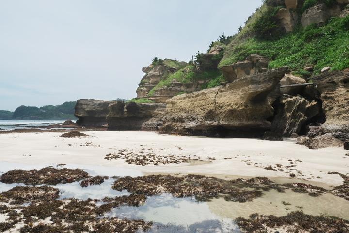白濱神社海側 干潮時に現れるビーチ