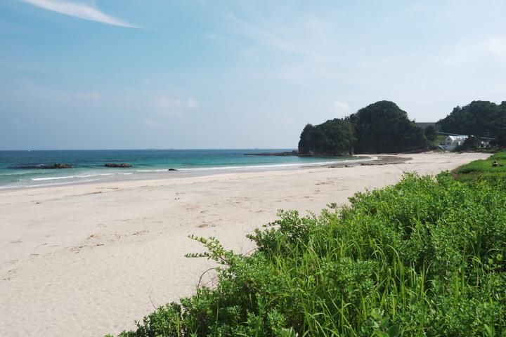 入田浜海水浴場 右
