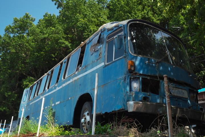 The Old Bus(ザオールドバス)