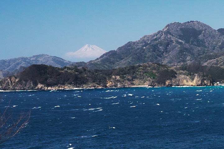 室岩洞からの富士山 拡大