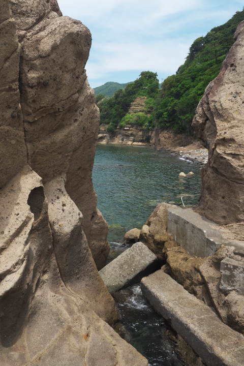 石部 防波堤の向こう側