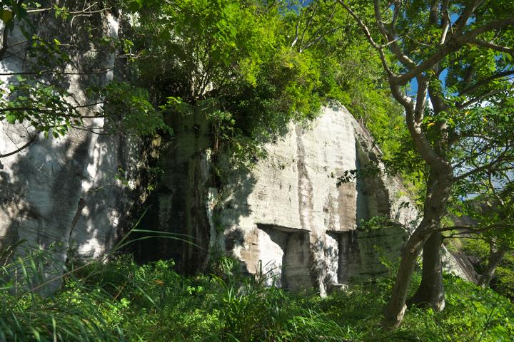 狩野川放水路の採石場跡