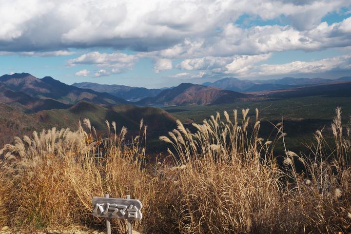 パノラマ台からの西湖方面