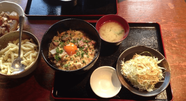 とさか新宿親子丼ランチ