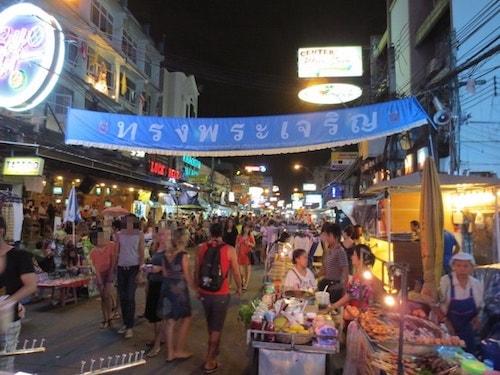 タイバンコクカオサン通り