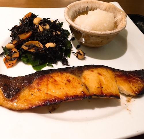 大戸屋沖目鯛の醤油麹漬け炭火焼き定食