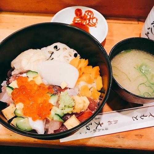 大和鮨(だいわずし) 新橋味噌汁