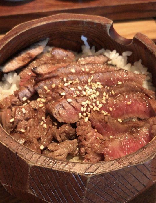 すき焼き田中さんで食べたランチの飛騨牛のひつまぶし