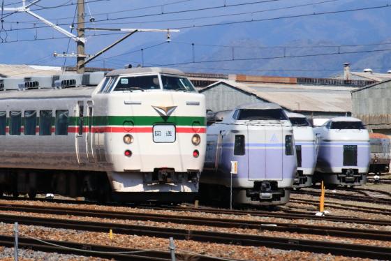 189系M52編成が廃車置場へ - ガタゴト日誌