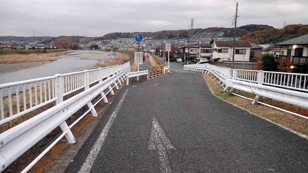 f:id:i-shizukichi:20171128004149j:plain