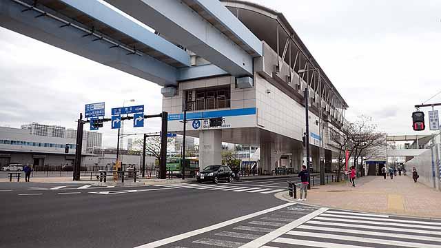 豊洲市場駅