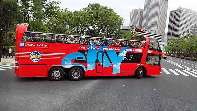 オープン二階建てバス