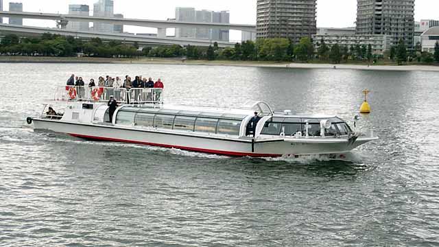 水上フェリー船