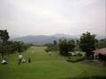 豊科カントリー‥山の向こうは松本市です