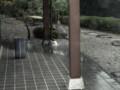 急激で‥樋から漏れでる屋根の雨水