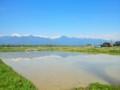 残雪残る常念岳‥右に通称信濃富士の有明山