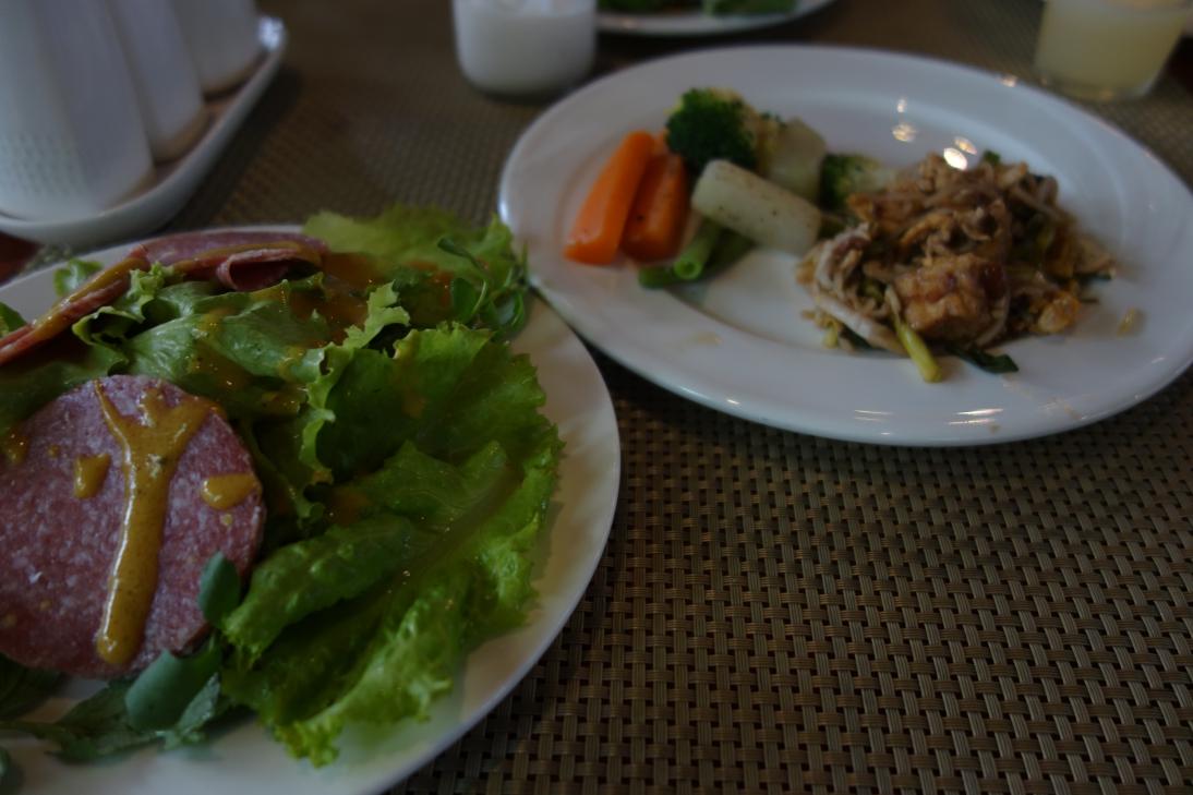 ホテルの朝食1