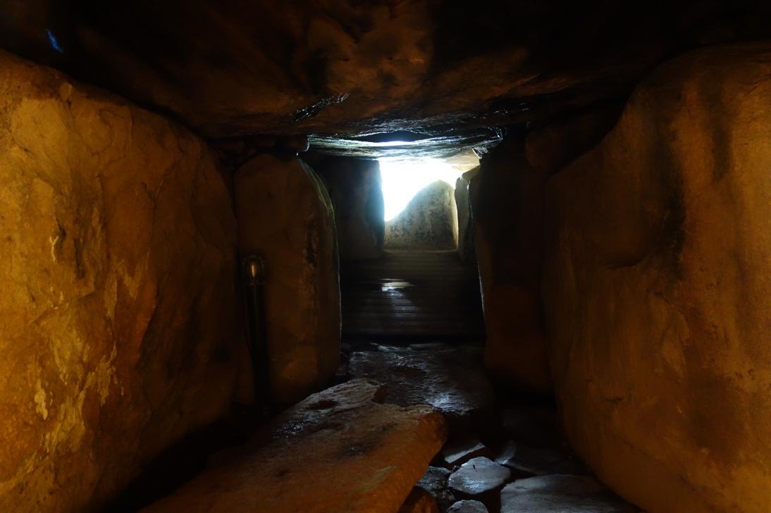 鬼の窟古墳・石室内部の様子3