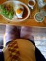 ロコモコランチこれとソフトドリンクで950円@新宿ラバーズロックカフ