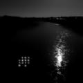 [photoikku][jhaiku][冬][winter][poetry][季語][写真俳句][snapseed][photohaiku][フォト俳句]月影や 枕寄す波 冬運河 [山乃鯨]