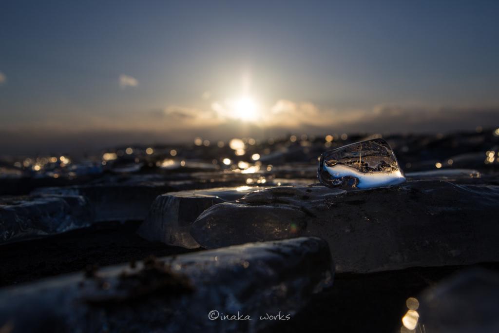 ジュエリーアイスに映り込む夕日